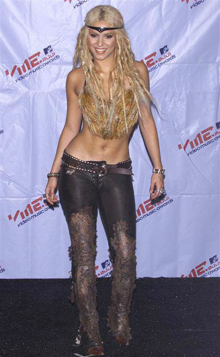 Shakira appears at the 2001 MTV Video Music Awards in New York City on Sept. 6, 2001.  <span class=meta>(Startraks &#47; startraksphoto.com)</span>