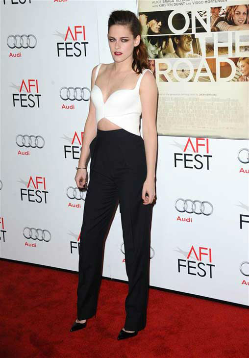 "<div class=""meta image-caption""><div class=""origin-logo origin-image ""><span></span></div><span class=""caption-text"">Kristen Stewart appears at the 'On The Road' screening in Los Angeles, California on Nov. 4, 2012.  (Sara De Boer / startraksphoto.com)</span></div>"