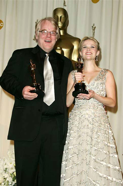 "<div class=""meta ""><span class=""caption-text "">Reese Witherspoon and Philip Seymour Hoffman appear at the Oscars on March 5, 2006. (Jen Lowery/startraksphoto.com)</span></div>"