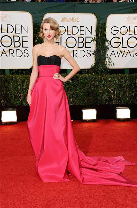 Taylor Swift appears at the 71st annual Golden Globe Awards in Los Angeles, California on Jan. 12, 2014.