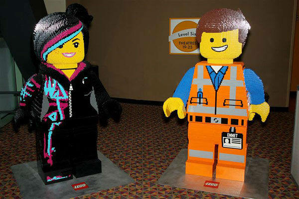 "<div class=""meta ""><span class=""caption-text "">Elizabeth Banks and Chris Pratt's characters made out of LEGOS were set up the New York screening of 'The LEGO Movie' on Feb. 5, 2014. (Marion Curtis/Startraksphoto.com)</span></div>"