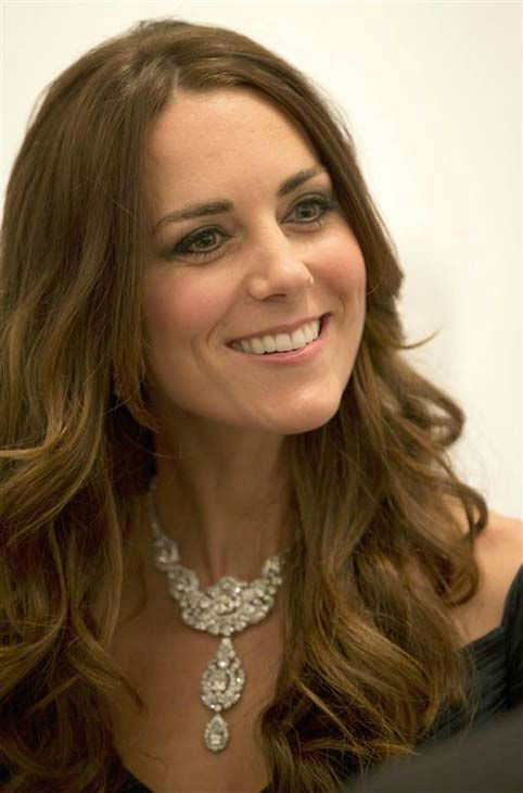 "<div class=""meta image-caption""><div class=""origin-logo origin-image ""><span></span></div><span class=""caption-text"">Kate Middleton appears at the 2014 Portrait Gala held at the National Portrait Gallery in London, England on Feb. 11, 2014. The Duchess of Cambridge wore a teal Jenny Packham dress and stunning diamond jewelry. (Tim Rooke / startraksphoto.com)</span></div>"