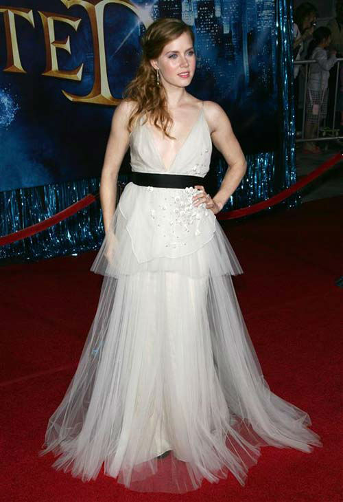 "<div class=""meta image-caption""><div class=""origin-logo origin-image ""><span></span></div><span class=""caption-text"">Amy Adams appears at the Los Angeles premiere of 'Enchanted' on Nov. 17, 2007.  (Andy Fossum / startraksphoto.com)</span></div>"