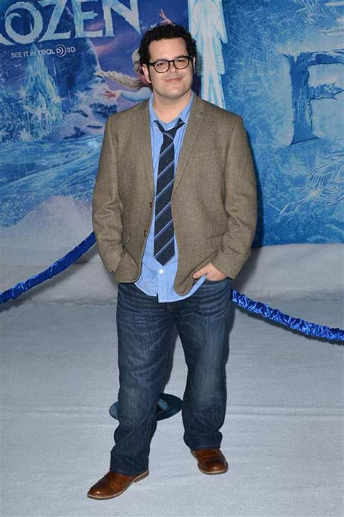 Josh Gad appears at the Los Angeles, California premiere of Disney's
