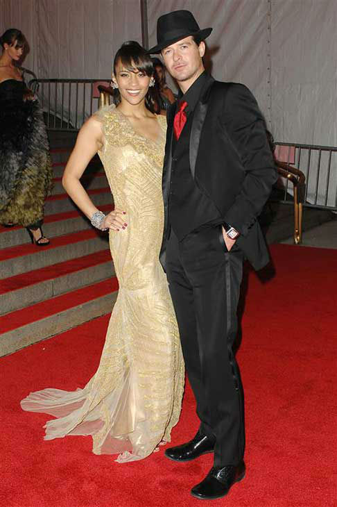 Robin Thicke and Paula Patton appear at the MET Gala in New York City on May 5, 2008.  <span class=meta>(Humberto Carreno &#47; startraksphoto.com)</span>