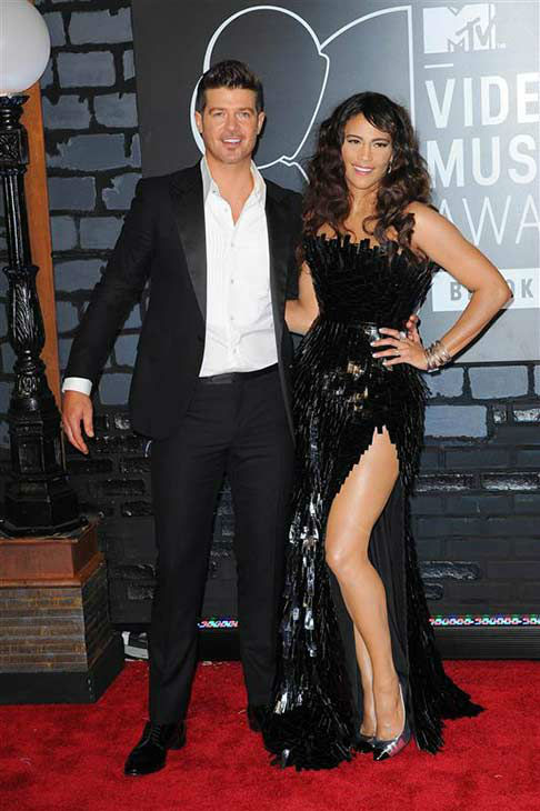 Robin Thicke and Paula Patton appear at the 2013 MTV Video Music Awards in Brooklyn, New York on Aug. 25, 2013. <span class=meta>(Humberto Carreno &#47; startraksphoto.com)</span>