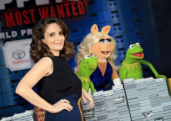 &#40;L-R&#41; Actress Tina Fey, Constantine, Miss Piggy and Kermit the Frog arrive at the world premiere of Disney&#39;s &#39;Muppets Most Wanted&#39; at the El Capitan Theatre on March 11, 2014 in Hollywood, California.   <span class=meta>(Christopher Polk&#47;Getty Images for Disney)</span>