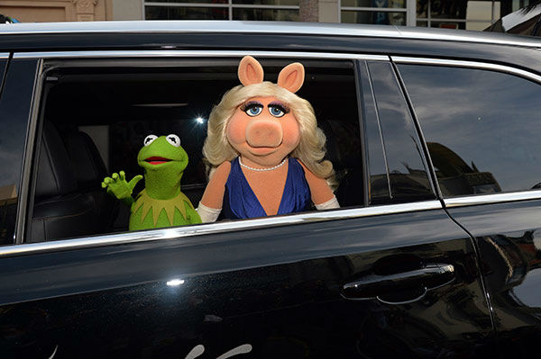 "<div class=""meta image-caption""><div class=""origin-logo origin-image ""><span></span></div><span class=""caption-text"">Kermit the Frog (L) and Miss Piggy arrive at the world premiere of Disney's 'Muppets Most Wanted' at the El Capitan Theatre on March 11, 2014 in Hollywood, California. (Alberto E. Rodriguez/Getty Images for Disney)</span></div>"