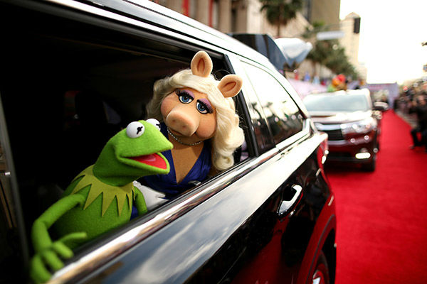 "<div class=""meta ""><span class=""caption-text "">Kermit the Frog (L) and Miss Piggy arrive at the world premiere of Disney's 'Muppets Most Wanted' at the El Capitan Theatre on March 11, 2014 in Hollywood, California. (Christopher Polk/Getty Images for Disney)</span></div>"