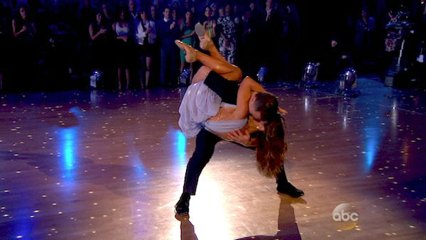 "<div class=""meta ""><span class=""caption-text "">Sean Avery and Karina Smirnoff perform a Contemporary routine on week one of 'Dancing With The Stars' on March 17, 2014. They received 20 out of 30 points from the judges. (ABC Photo)</span></div>"