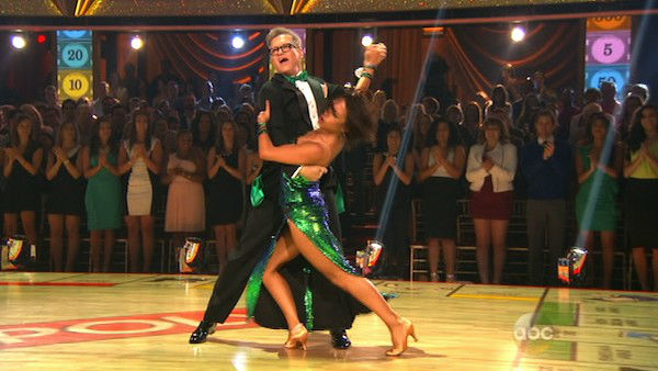 "<div class=""meta ""><span class=""caption-text "">Drew Carey and Cheryl Burke dance the Foxtrot on week one of 'Dancing With The Stars' on March 17, 2014. They received 21 out of 30 points from the judges. (ABC Photo)</span></div>"