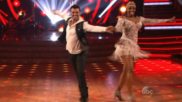 "<div class=""meta ""><span class=""caption-text "">NeNe Leakes and Tony Dovolani dance the Cha Cha Cha on week one of 'Dancing With The Stars' on March 17, 2014. They received 21 out of 30 points from the judges. (ABC Photo)</span></div>"