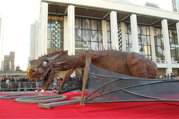 A dragon greets guests at the &#39;Game of Thrones&#39; season 4 premiere in New York on March 18, 2014. The show returns on April 6. <span class=meta>(Marion Curtis &#47; Startraksphoto.com)</span>