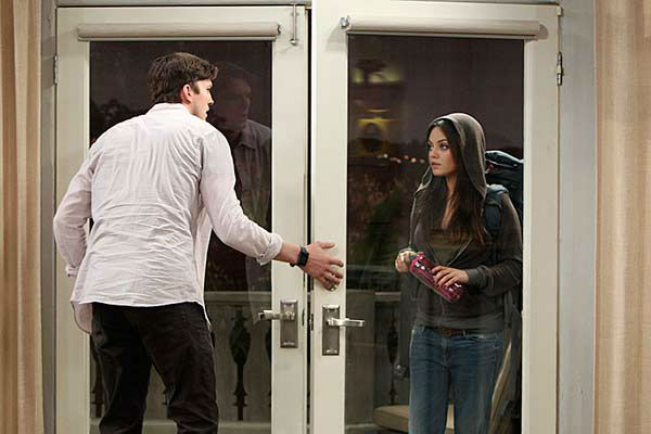 "<div class=""meta ""><span class=""caption-text "">Mila Kunis appears on the April 10, 2014 episode of 'Two and a Half Men' alongside Ashton Kutcher. The two are reportedly engaged and expecting their first child together. (Sonja Flemming / CBS)</span></div>"