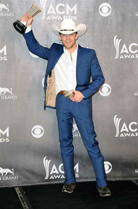 "<div class=""meta image-caption""><div class=""origin-logo origin-image ""><span></span></div><span class=""caption-text"">Justin Moore appears backstage at the 49th annual Academy of Country Music Awards in Las Vegas on April 6, 2014. He took home an award for New Artist of the Year. (Sara De Boer / startraksphoto.com)</span></div>"