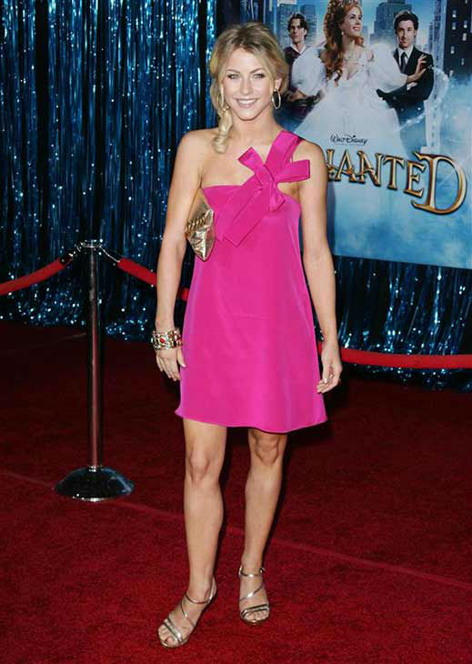 "<div class=""meta image-caption""><div class=""origin-logo origin-image ""><span></span></div><span class=""caption-text"">Julianne Hough appears at the 'Enchanted' premiere in Los Angeles on Nov. 17, 2007. (Andy Fossum / startraksphoto.com)</span></div>"