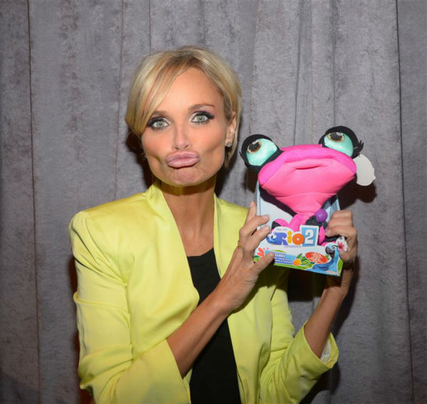 Broadway star, &#39;Glee&#39; guest actress and &#39;Pushing Daisies&#39; alum Kristin Chenoweth holds a stuffed Gabi, her character in the animated movie &#39;Rio 2,&#39; at the studio of the VH1 show &#39;Big Morning Buzz with Nick Lachey,&#39; in New York on April 9, 2014. <span class=meta>(Albert Michael &#47; Startraksphoto.com)</span>