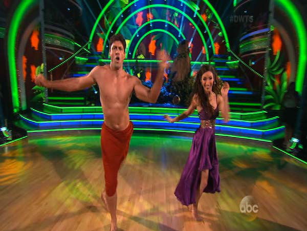 Meryl Davis and Maksim Chmerkovskiy dance the Samba on week 5 of &#39;Dancing With The Stars&#39; on April 14, 2014. They received 36 out of 40 points from the judges for their Samba. <span class=meta>(ABC)</span>