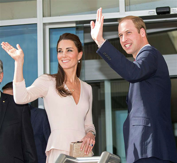 Prince William and Kate Middleton, aka Catherine, Duchess of Cambridge, attend a reception co-hosted by the Governor of South Australia and Acting Premier of South Australia on April 23, 2014. <span class=meta>(Rex Features&#47;Startraksphoto.com)</span>