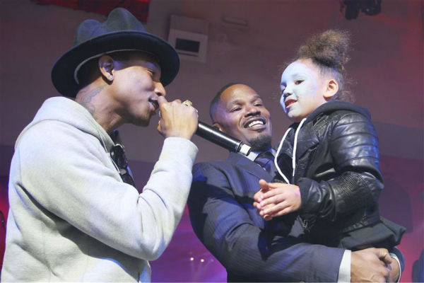 "<div class=""meta ""><span class=""caption-text "">Singer Pharrell Williams, Jamie Foxx and daughter Annalise Bishop, 4, appear on stage at an after party for the premiere of 'The Amazing Spider-Man 2' in New York on April 24, 2014. Williams' music is featured on the movie's soundtrack. Foxx plays the villain Electro in the film. (Dave Allocca / Startraksphoto.com)</span></div>"