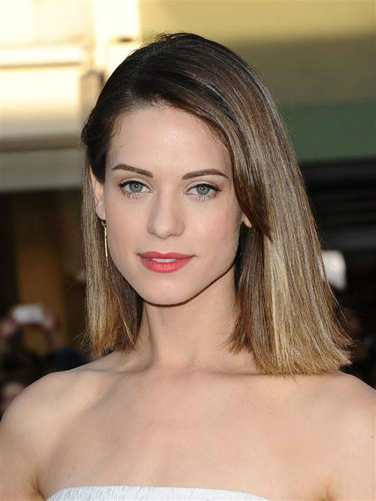 Lyndsy Fonseca appears at the Los Angeles premiere of the comedy &#39;Neighbors&#39; on April 28, 2014. <span class=meta>(Sara De Boer &#47; startraksphoto.com)</span>