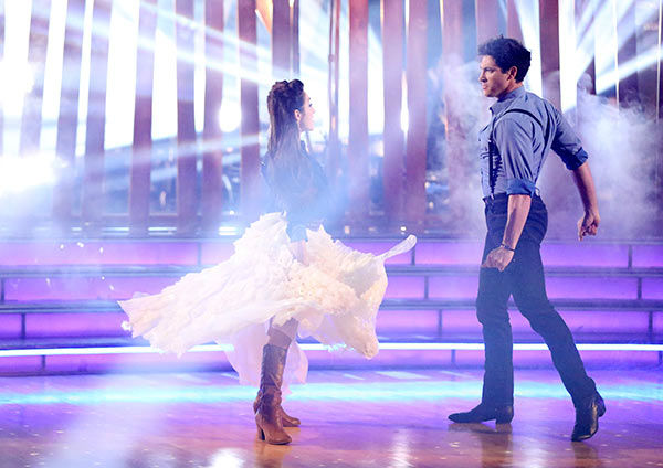 Meryl Davis and Maksim Chmerkovskiy dance the Viennese Waltz on week nine of &#39;Dancing With The Stars&#39; on May 12, 2014. They received 40 out of 40 points from the judges. The pair also received 40 out of 40 points for their Jive. <span class=meta>(ABC Photo&#47; Adam Taylor)</span>