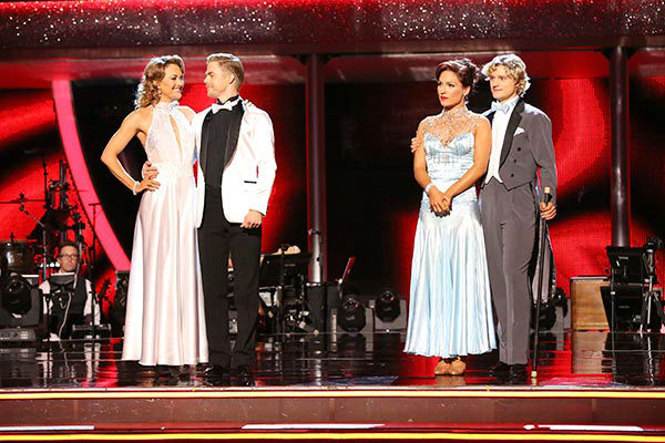 "<div class=""meta ""><span class=""caption-text "">Amy Purdy, Derek Hough, Charlie White and Sharna Burgess Burgess await their fate on week nine of 'Dancing With The Stars' on May 12, 2014. (ABC Photo/ Adam Taylor)</span></div>"