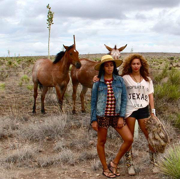 Solange and Beyonce appear in a photo posted on Solange&#39;s Instagram account on August 27, 2012. <span class=meta>(http:&#47;&#47;instagram.com&#47;p&#47;O2E6mDQon7)</span>