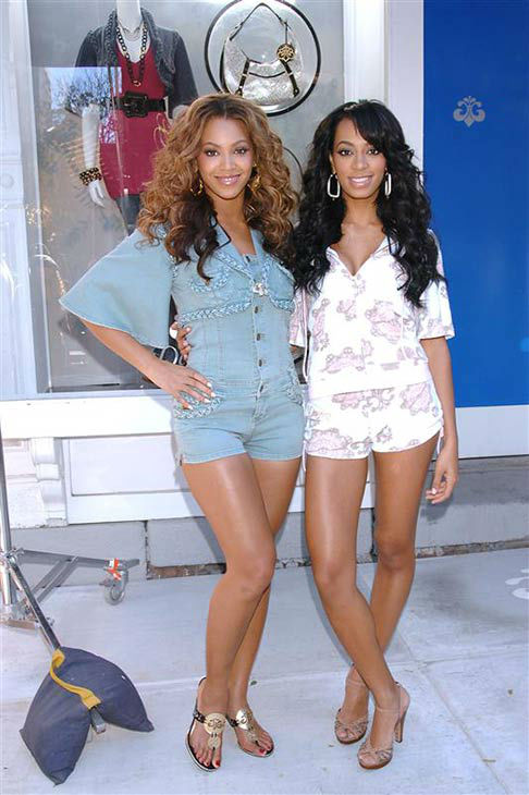 "<div class=""meta ""><span class=""caption-text "">Beyonce Knowles and Solange Knowles shoots an ad campaign for Beyonce's clothing line The House of Dereon on Nov. 9, 2006. (Bill Davila/startraksphoto.com)</span></div>"