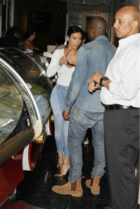 Kim Kardashian and Kanye West order ice cream at a Haagen Dazs shop in Paris on May 18, 2014. <span class=meta>(Beretta &#47; Sims &#47; REX &#47; Startraksphoto.com)</span>