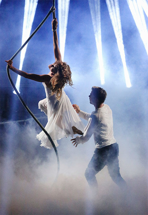 Amy Purdy and Derek Hough perform a Freestyle routine on week 10 of &#39;Dancing With The Stars&#39; on May 19, 2014. They received 29 out of 30 points from the judges. The pair also received 30 out of 30 points for their Salsa. <span class=meta>(ABC&#47;Adam Taylor)</span>