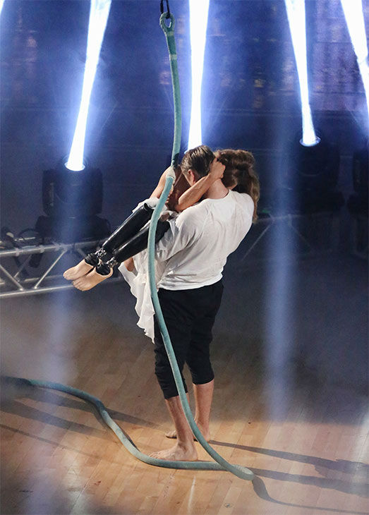 "<div class=""meta ""><span class=""caption-text "">Amy Purdy and Derek Hough perform a Freestyle routine on week 10 of 'Dancing With The Stars' on May 19, 2014. They received 29 out of 30 points from the judges. The pair also received 30 out of 30 points for their Salsa. (ABC/Adam Taylor)</span></div>"
