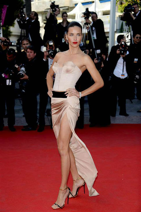 Adriana Lima appears during 67th Cannes Film Festival on May 19, 2014. <span class=meta>(Alberto Terenghi&#47;IPA&#47;startraksphoto.com)</span>