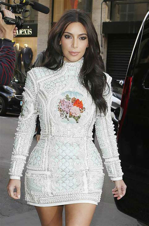 Kim Kardashian appears at Coast Restaurant in Paris on May 22, 2014. <span class=meta>(Beretta&#47;Sims&#47;REX&#47;Startraksphoto.com)</span>