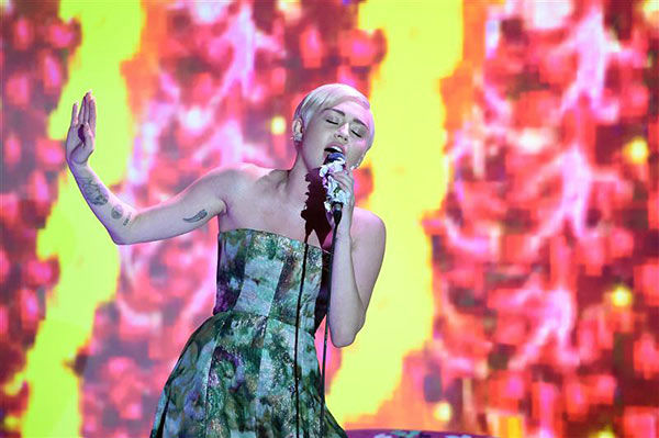 "<div class=""meta image-caption""><div class=""origin-logo origin-image ""><span></span></div><span class=""caption-text"">Miley Cyrus appears at the 2014  World Music Awards in Monte Carlo on May 27, 2014. (Nicolas Gouhier/Abaca/startraksphoto.com)</span></div>"