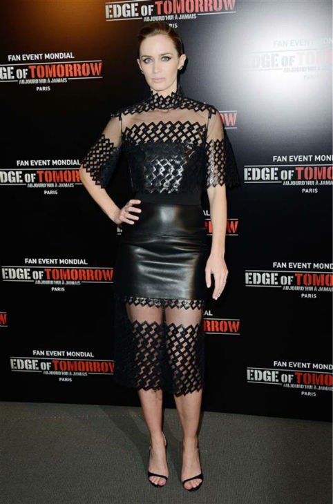 Emily Blunt appears at the premiere of &#39;Edge of Tomorrow&#39; in Paris on May 28, 2014. <span class=meta>(Nicolas Genin &#47; Abaca &#47; Startraksphoto.com)</span>