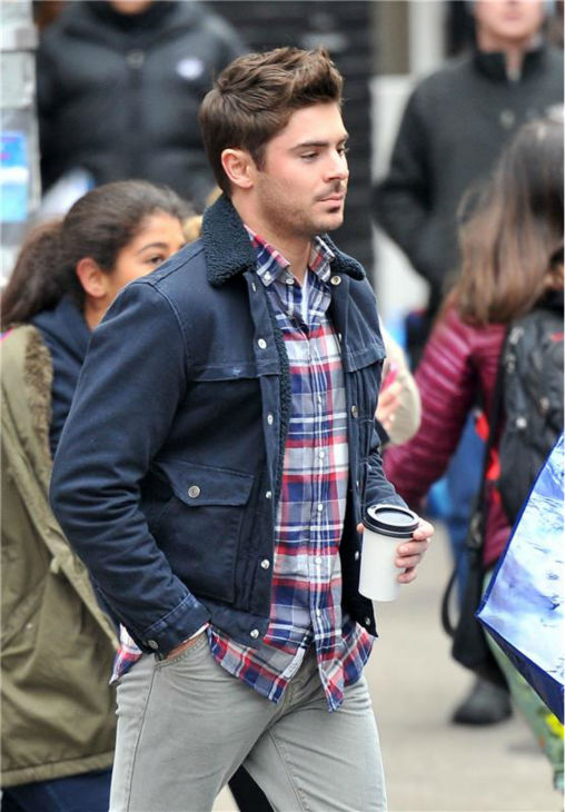 Zac Efron appears on the set of the R-rated film &#39;That Awkward Moment&#39; &#40;previously titled &#39;Are We Officially Dating?&#39;&#41; in New York on Dec. 20, 2012. <span class=meta>(Javier Mateo &#47; Startraksphoto.com)</span>
