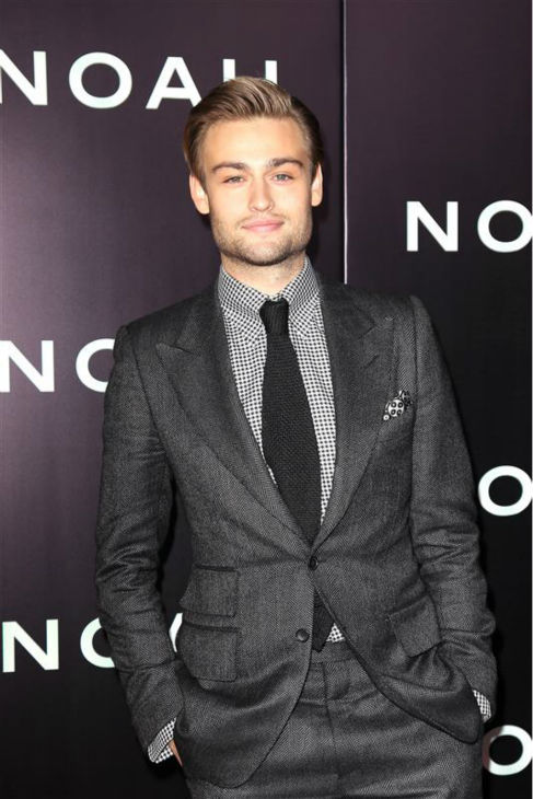 Douglas Booth appear at the premiere of &#39;Noah&#39; in New York on March 26, 2014. He plays Shem, Noah&#39;s eldest son, in Darren Aronofsky&#39;s movie. <span class=meta>(Kristina Bumphrey &#47; Startraksphoto.com)</span>