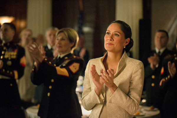 "<div class=""meta image-caption""><div class=""origin-logo origin-image ""><span></span></div><span class=""caption-text"">Sakina Jaffrey appears in a scene from season 2 of Netflix's 'House of Cards.' (Nathaniel Bell for Netflix)</span></div>"