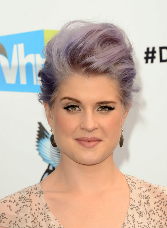 Kelly Osbourne arrives at the 2012 Do Something! Awards at Barker Hangar on August 19, 2012 in Santa Monica, California.