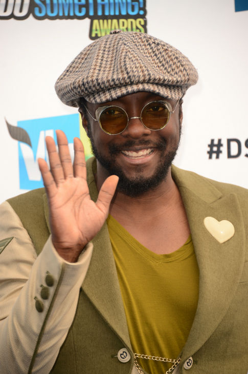 will.i.am arrives at the 2012 Do Something Awards at Barker Hangar on August 19, 2012 in Santa Monica, California.