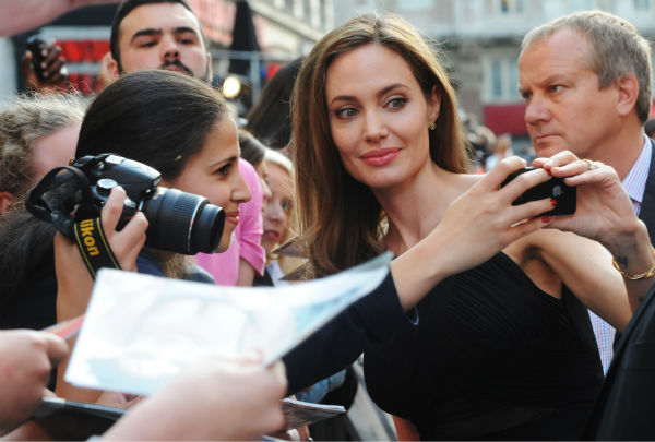 Angelina Jolie attends the world premiere of &#39;World War Z,&#39; which stars fiance Brad Pitt, at the Empire Cinema Leicester Square in London on June 2, 2013. <span class=meta>(Stuart C. Wilson &#47; Getty Images for Paramount Pictures International)</span>