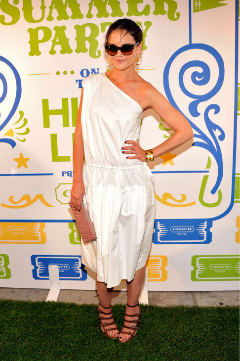 "<div class=""meta ""><span class=""caption-text "">Katie Holmes attends Summer Party on The Highline, presented by Coach at High Line Park in New York City on June 11, 2013. (Stephen Lovekin / Getty Images for COACH)</span></div>"