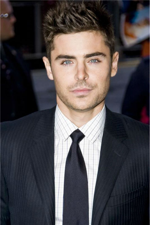 Zac Efron attends the premiere of 'Paperboy' at th