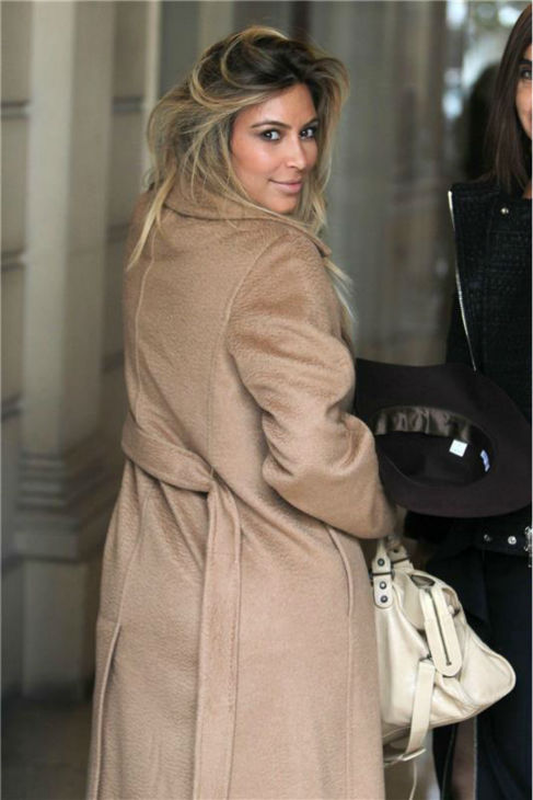 Kim Kardashian walks the streets of Paris during Paris Fashion Week on Sept. 28, 2013. <span class=meta>(Rex Features &#47; Beretta &#47; Sims &#47; Startraksphoto.com)</span>