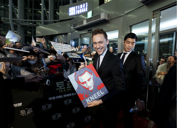 "<div class=""meta ""><span class=""caption-text "">Tom Hiddleston appears at a 'Thor: The Dark World' fan event in Seoul, South Korea on Oct. 14, 2013. (Ho Chang / Walt Disney Studios)</span></div>"