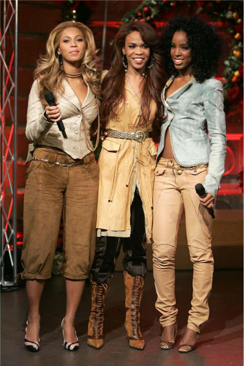 Destiny&#39;s Child members Beyonce, Kelly Rowland and Michelle Williams appear on the set of CBS&#39; &#39;The Early Show&#39; in New York on Nov. 16, 2004. <span class=meta>(Albert Ferreira &#47; Startraksphoto.com)</span>