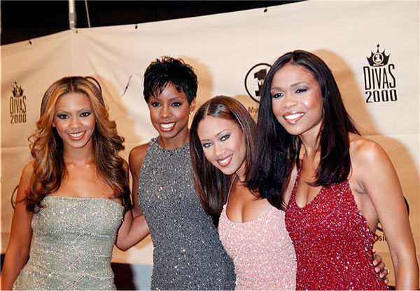 Destiny's Child members Beyonce, Kelly Rowland, Farrah Franklin and Michelle Williams appear the 'VH1 Divas 2000: A Tribute to Diana Ross' event at Madison Square Garden in New York on April 9, 2000.