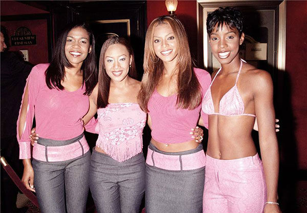 Destiny&#39;s Child members Michelle Williams, Farrah Franklin, Kelly Rowland and Beyonce attend the premiere of the movie &#39;Here on Earth&#39; in New York on March 23, 2000. <span class=meta>(Alex Oliveira &#47; Startraksphoto.com)</span>