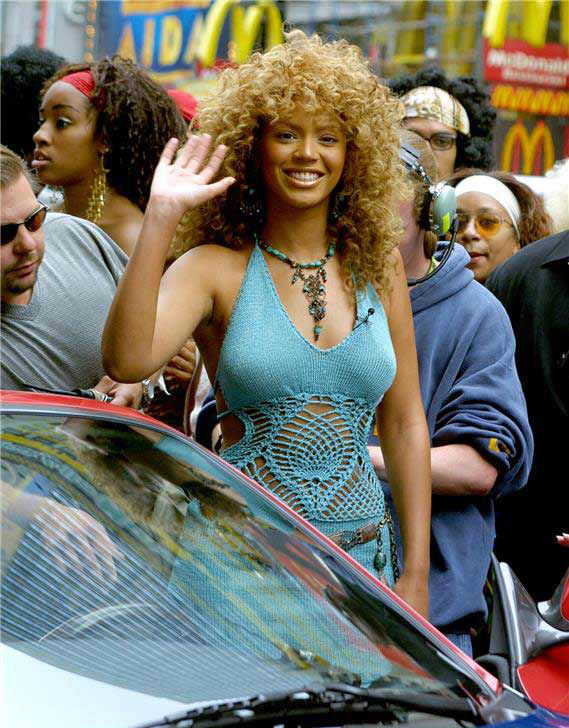 Beyonce arrives at the studios of MTV&#39;s &#39;Total Request Live&#39; &#40;&#39;TRL&#39;&#41; near Times Square in New York to promote her latest film, &#39;Austin Powers: Goldmember&#39; on July 26, 2002. <span class=meta>(Alex Oliveira &#47; Startraksphoto.com)</span>